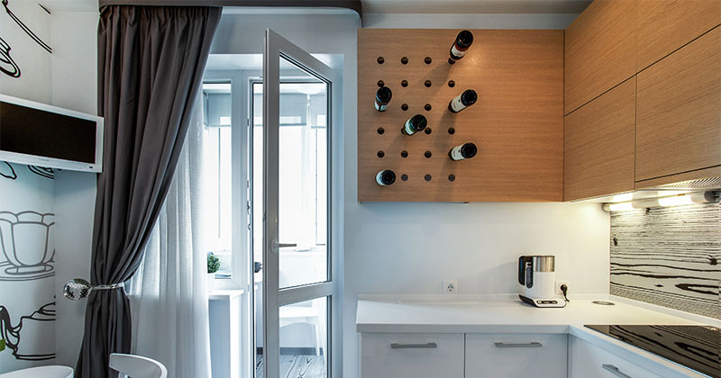30 удачных примеров оформления штор на кухне с балконом