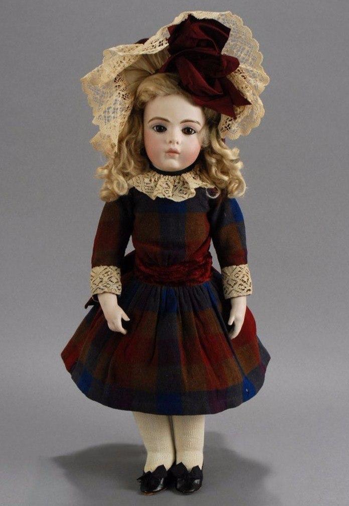 Старинные куклы