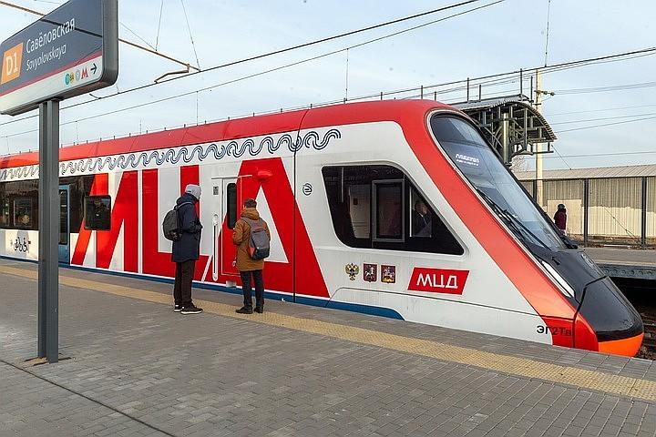 До конца 2020 года в зоне МЦД обновят все поезда