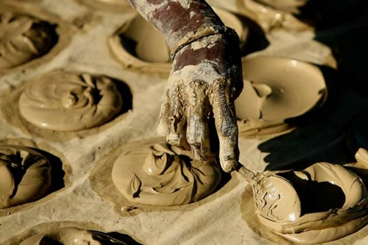 Гаитянское лакомство: лепёшки из грязи
