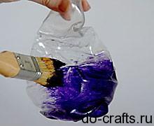 красим вазу из пластиковой бутылки