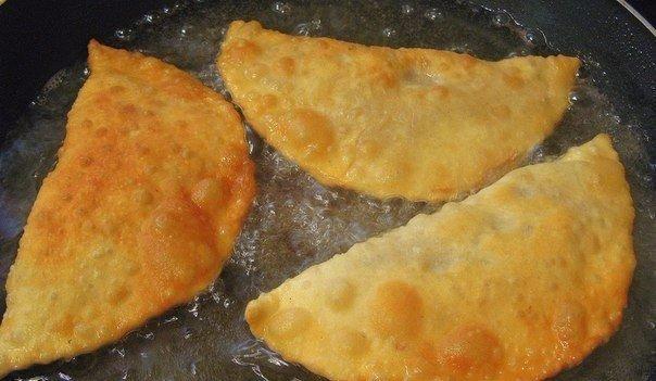 Рецепт самых правильных чебуреков. Тесто мягкое и вкусное!