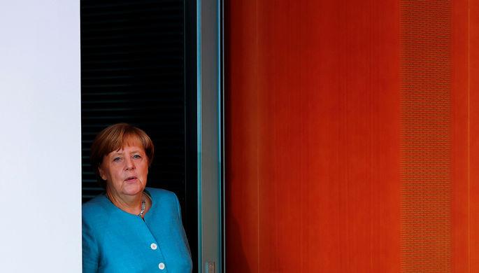 Захарова назвала слова Меркель о Крыме «железобетонным аргументом»