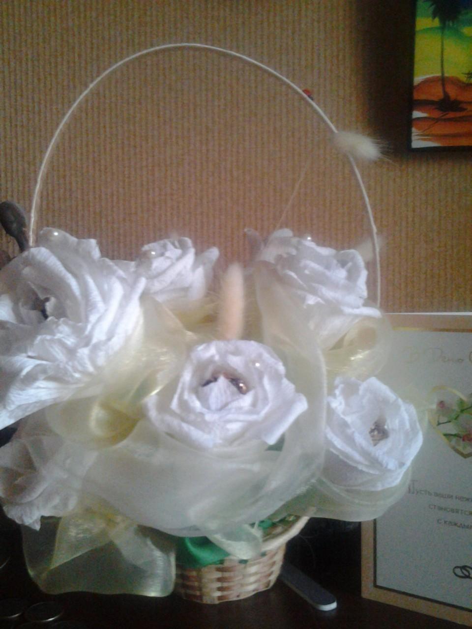 Свадебный букет роз из конфет