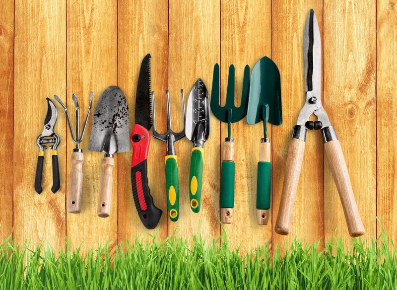 КАК ПОДГОТОВИТЬ садовый инвентарь к дачному сезону: весенняя перекличка
