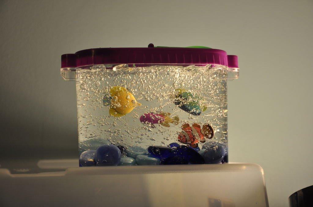 "Декоративный аквариум своими руками. Панно из соленого теста ""Кот на колбасе"""