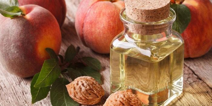 Персиковое масло для кожи вокруг глаз