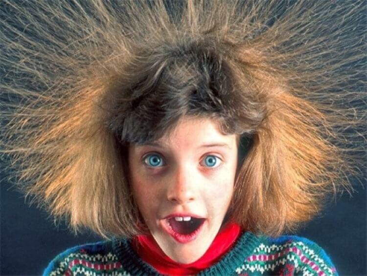 Что вызывает статическое электричество?
