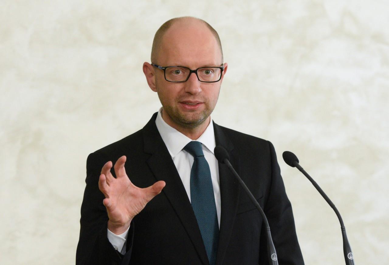 Яценюк прокомментировал известия о розыске Интерполом