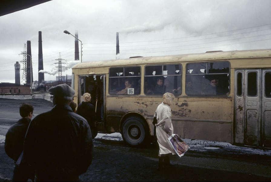 Начало 90-ых в фотографиях французского журналиста.