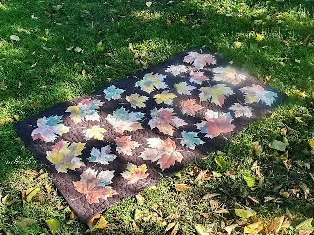 Кленовые листочки-коврик