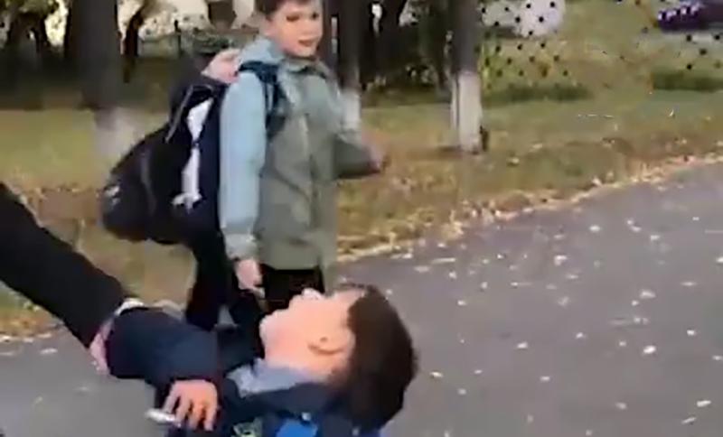 «Не хочу я в школу! Спасите!»