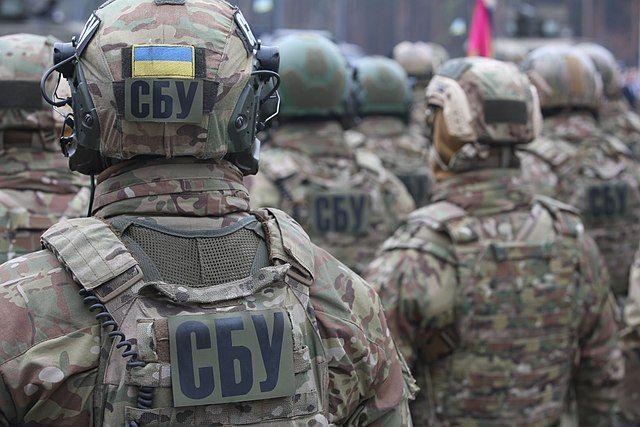 Задержанного в Черном море сотрудника СБУ подозревают в пытках людей