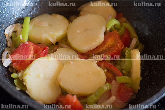 Добавить картофель.