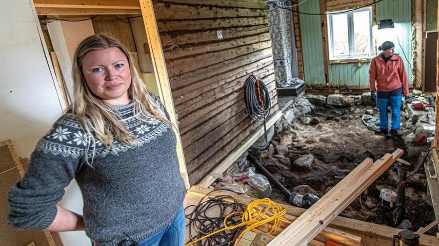 Жительница Норвегии нашла могилу всвоей спальне иполучит заэто деньги