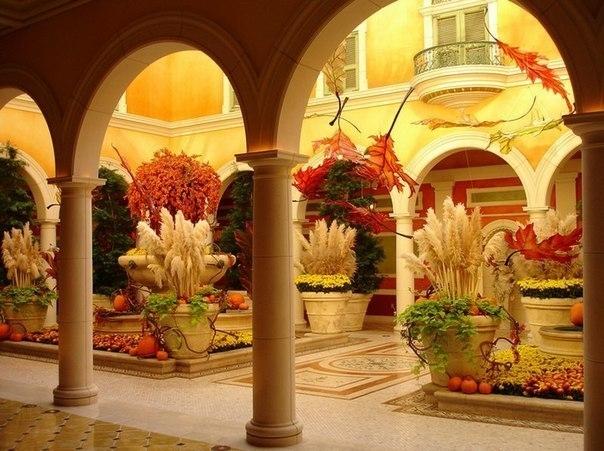 Прекрасные сады Белладжио.