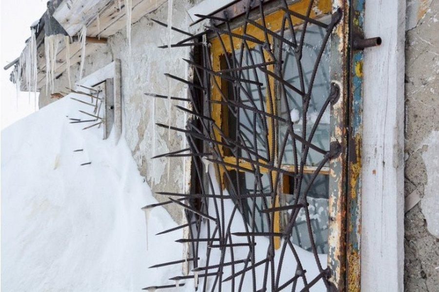 Защита на окнах — готовимся к зомбиапокалипсису?