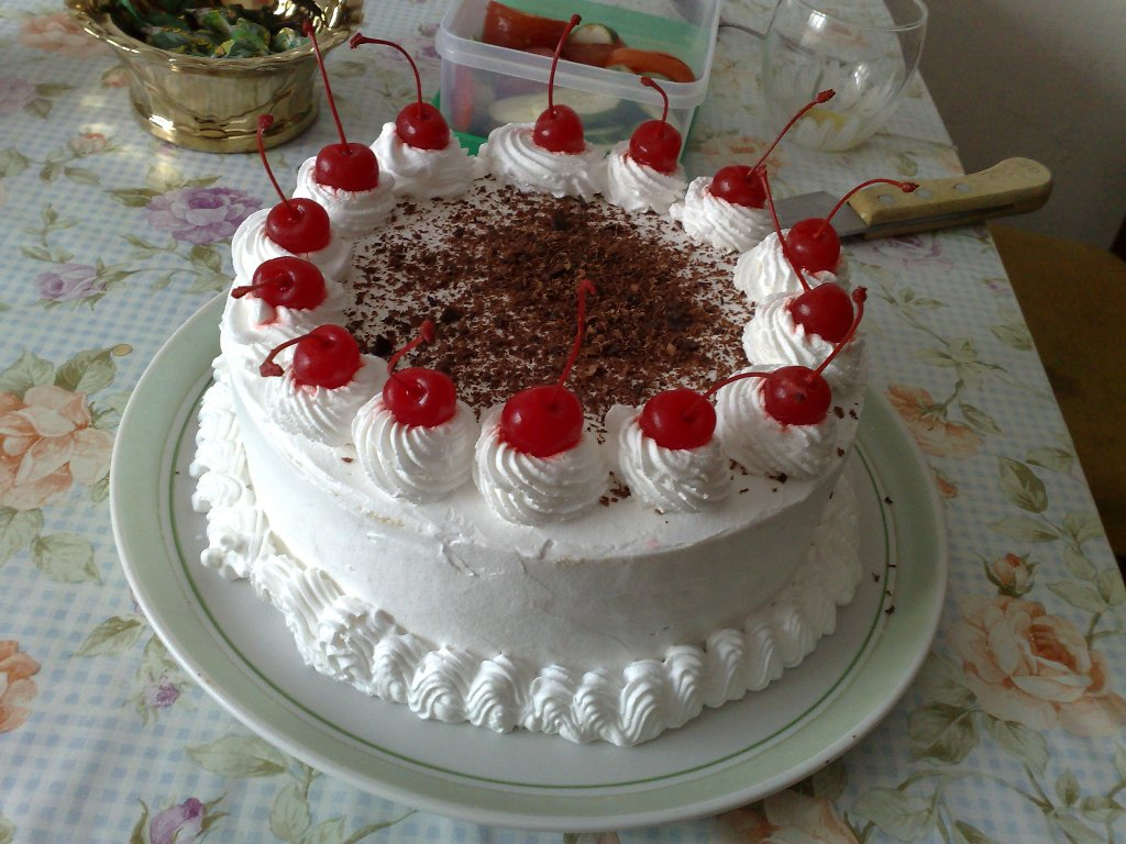 быстро украсить торт взбитыми сливками фото