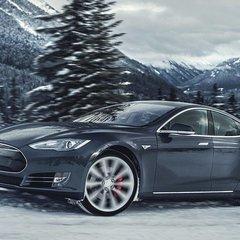 Tesla отзывает 53 000 автомобилей из-за проблем с ручным тормозом
