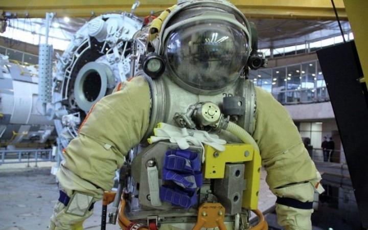 На МКС доставят российские скафандры пятого поколения
