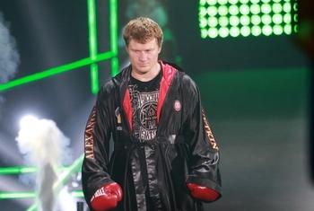 Российский боксер Александр Поветкин возвращается на ринг