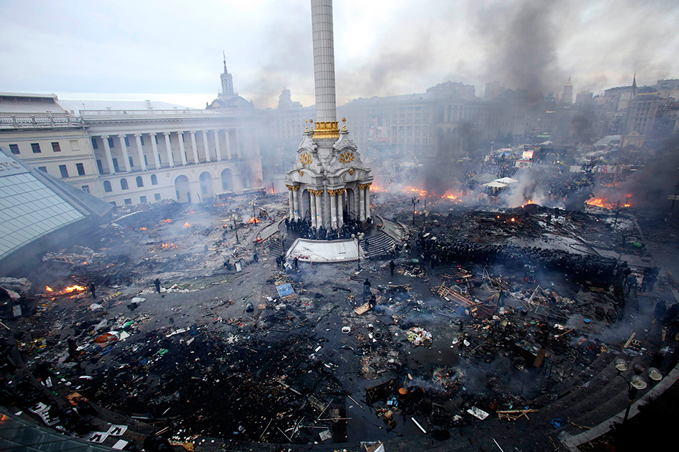 """""""Украина в огне"""". Реакция РЕН ТВ на угрозы из-за скандального фильма"""