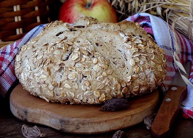 Ароматный серый хлеб