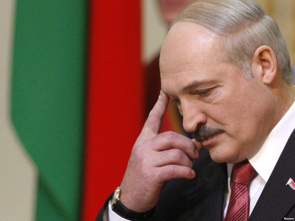 Лукашенко сам загнал себя в угол – у него не осталось козырей в споре с Россией