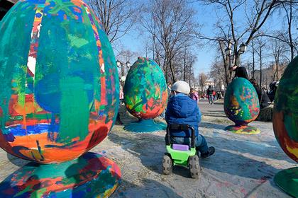 Четверть молодых россиян проигнорирует третий по важности праздник в стране