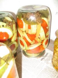 """""""Сатурн"""" - помидоры в кабачке"""