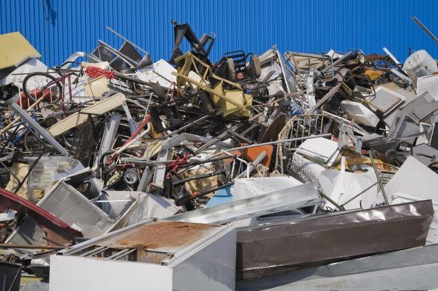 Китай потребовал вернуть в США более 460 тонн мусора
