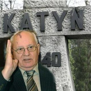 Зачем Горбачеву было лгать про Катынь? Западные клеветники на грани разоблачения