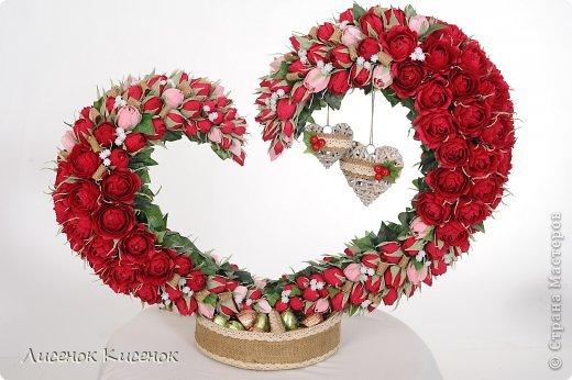 Свит-дизайн. Розы из гофрированной бумаги (1) (520x346, 165Kb)