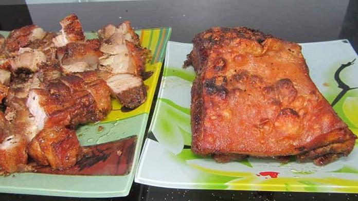 Хрустящая свинина. И кто, может отказаться от такого очень сочного и обалденно вкусного мяса?