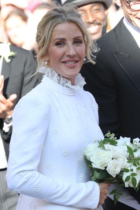 Бывшая девушка принца Гарри вышла замуж и выглядела как настоящая принцесса