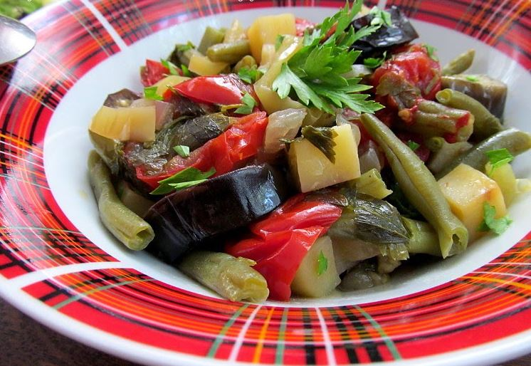 Айлазан — овощное рагу по-армянски