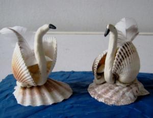 Как сделать лебедя из ракушек