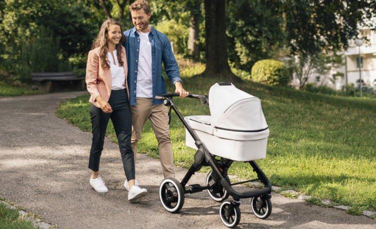 Bosch представила «умную» коляску. Что она умеет?