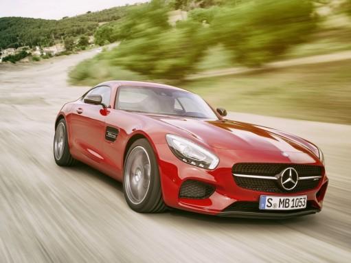 Новый спорткар Mercedes-AMG GT потреплет нервы Porsche 911