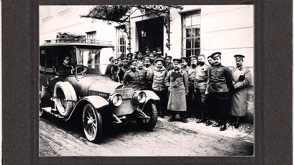 Карточки с фронта: автомобили на фотографиях Первой мировой