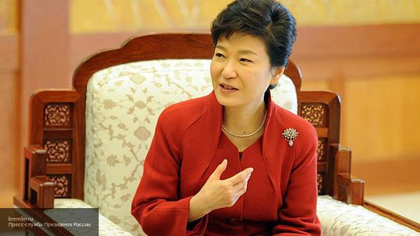 Прокуратура Южной Кореи собирается добиться ареста экс-президента Пак Кын Хе
