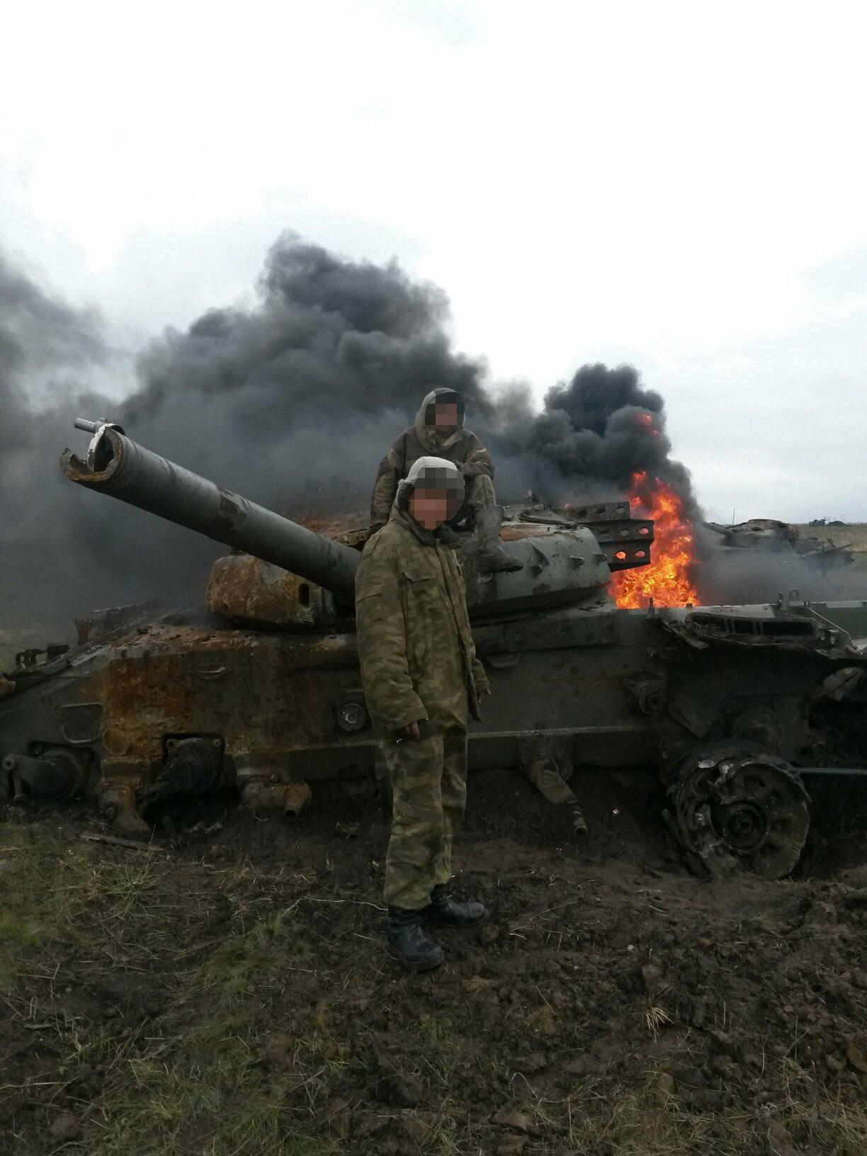 Необычные истории из жизни бронетехники на Донбассе