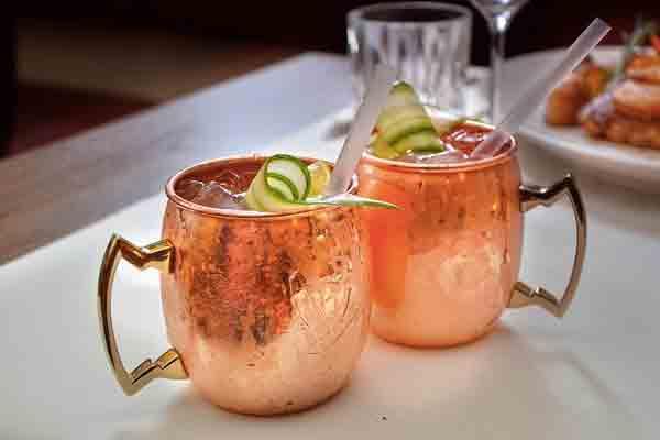 4 способа превратить алкогольный коктейль в маринад
