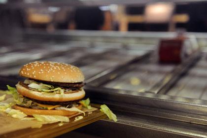 Во Франции фастфуд стал популярнее высокой кухни