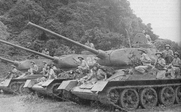 Танки Т-34-85 в армии Северн…