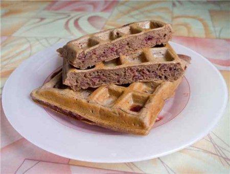 Шоколадно-вишневі вафлі