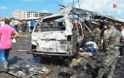 При взрыве на севере Сирии погибли десятки человек