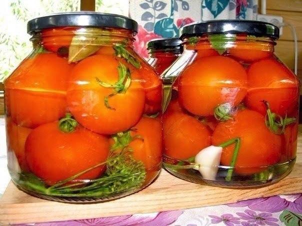 Обалденные помидоры в загадочном маринаде. Съедаются вместе с маринадом!