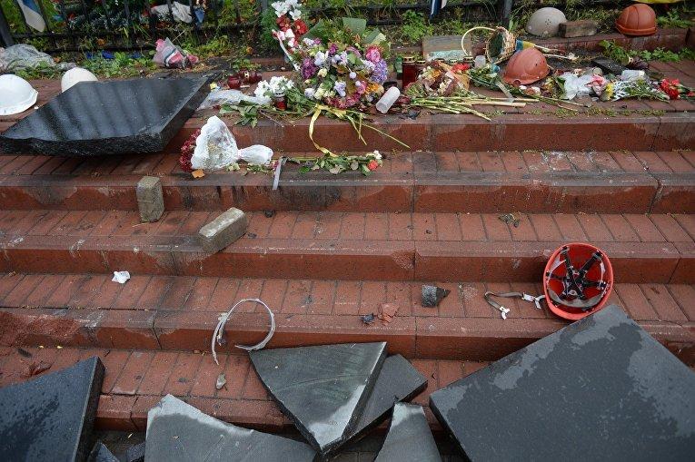 Севастополец разбил памятник «Небесной сотне» в Киеве