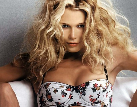 Beauty-Claudia-Schiffer-Photo